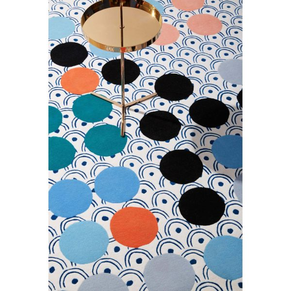 06_maison-dada-rug-n9-with-off-the-moon-side-table-n4-600x600